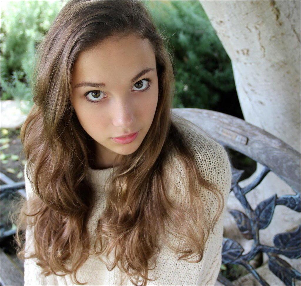 Фото зеленые глаза на аву
