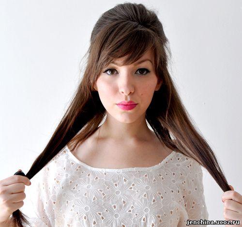 прически на длинные волосы дома